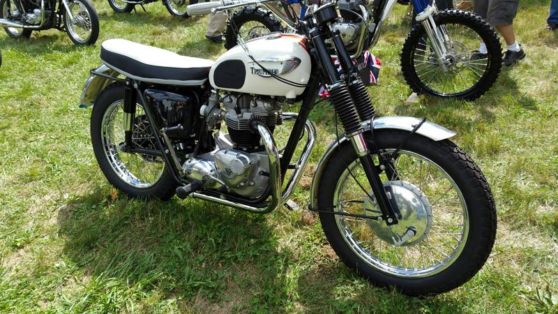 Vintage Motorcycle Photos, Classic Harley Davidson & British